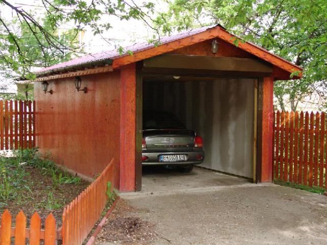 Из чего лучше сделать гараж?