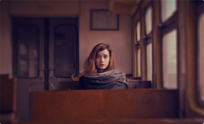Описание книги «Девушка в поезде»