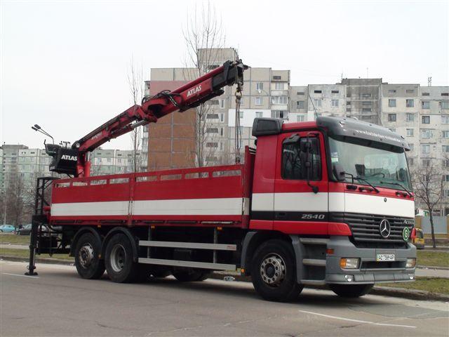 Без использования грузоподъемного оборудования невозможно организовать работу.